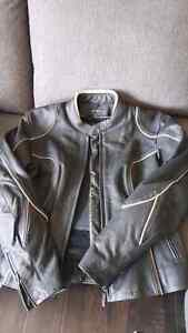 Ladies leather bike jacket