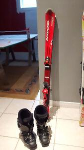 Skis 120 cm garçons et filles avec bottes