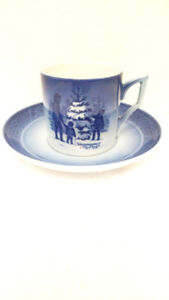 Royal Copenhagen, Christmas Collection Cup & Saucers