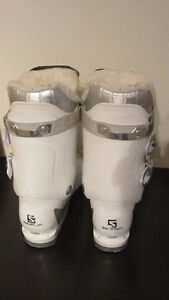 Salomon ski boots Girls size 25.5 Youth - used 5 times West Island Greater Montréal image 5