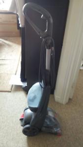 Bissell Carpet cleaner machine