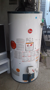 2010 Rheem Gas Hot Water Tank
