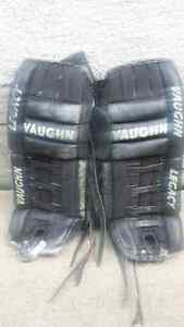 Mens Vaughn Legacy 29inch Goalie Pads for Sale