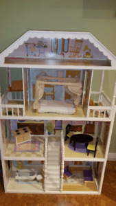 Maison de poupées - barbies