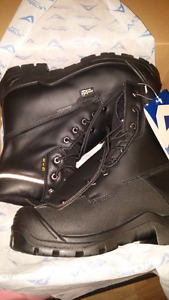 Side 9 steel toe work boots New in the box