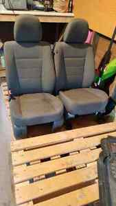 2009 -2012 ford escape grey cloth seats Stratford Kitchener Area image 2