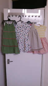 Girl dresses in bundal 3 to 4 year
