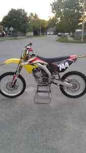 2009 RMZ250