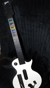 "Wii Guitar Hero ""Legends of Rock"" & ""Gibson"" guitar"