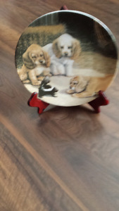Puppy plate with stand