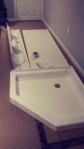 Brand New Maxx shower base and walls