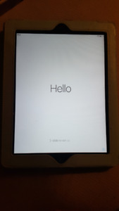 MUST GO, MOVING SALE - IPAD 2 32GB - MINT CONDITION