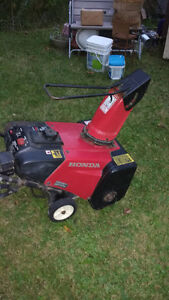 Honda snowblower electric start. Kawartha Lakes Peterborough Area image 1