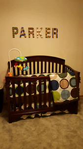11 pc crib bedding set