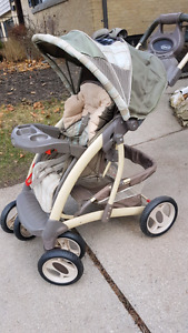 Folding Graco stroller with reclining seat