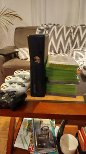 XBOX 360 4GB +memory card, 4 controllers and 10 Games For SALE!!