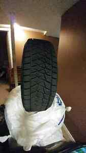 235/60/R18 Bridgestone Blizzak DM-V2 Winter Tires London Ontario image 2