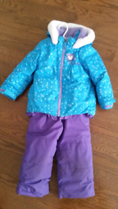 Girls 3T snowsuit