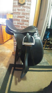 English Saddles - Dressage and All Purpose
