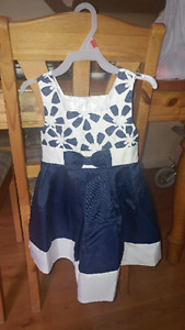 Girls dresses 24 months, 2T and 3T