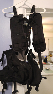 Black Tactical Vest - Large