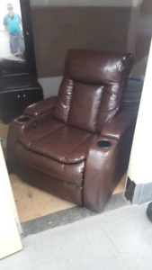 great condition electric reclining couch