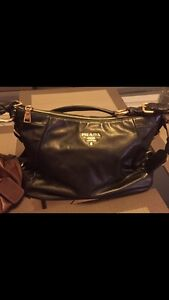 Beautiful Prada Leather Purse for Sale