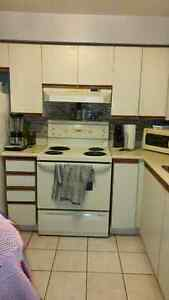 Waterloo 2 bedrooms for. Novembre 1st