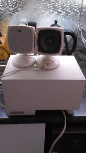 2 speakers with subwoofer