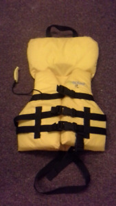 childs life jacket with whistle