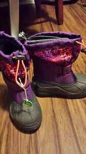 Brand new Columbia toddler boots size 11 London Ontario image 1