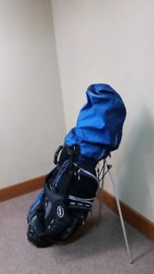 Ram Golf Bag with Men's right handed clubs