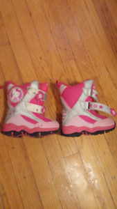 Hello Kitty Winter Boots sz 5 infant