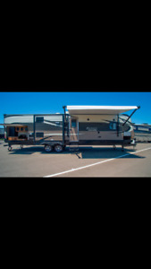 2016 Avenger 32BIT travel trailer for sale