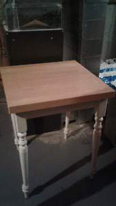 ~**Butcher Block Table**~ MOVING, need it gone before April 1