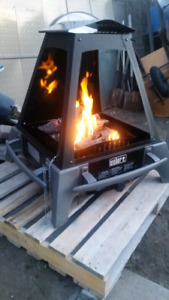 WEBER OUTDOOR PROPANE FIREPLACE