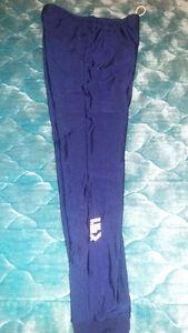 (Navy) Ladies' Louis Garneau leggings (medium)