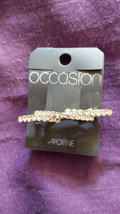 Semi-Formal Ardene Hair Pin (New)