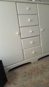 """white dresser for sale 50""""(L)X20""""(D)X45""""(H)- see the pic"""