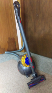 Dyson Big Ball Multi Floor Canister Vacuum Cleaner *Complete*