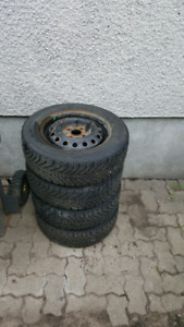 Pneus dhiver 185 65 r14 / winter tires