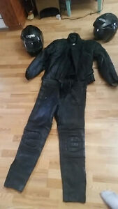 Motorcycle jacket, pants and helmets