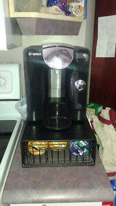 Cafetière Tassimo Bosch TAS 55xxUC avec rack de rangement