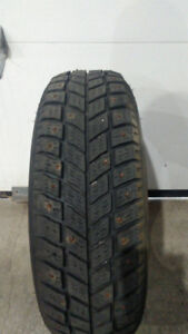 One 175 65 14 hankook ipike winter
