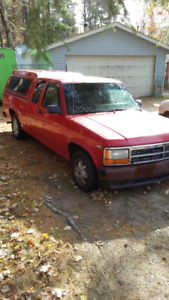 1994 Dodge Dakota Sport Pickup Truck