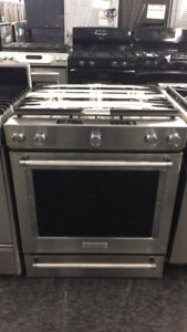 AMAZING GAS STOVE FRIGIDAIRE  ON SALE UNTIL JANUARY 21ST!!!