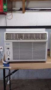 Air climatisé 10 000 BTU