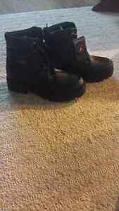 Brand new Lugz boots x2