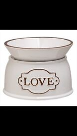 Scentsy 'with love' warmer
