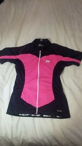 Women's Sugoi cycling top size medium